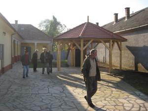 gazdahaz24